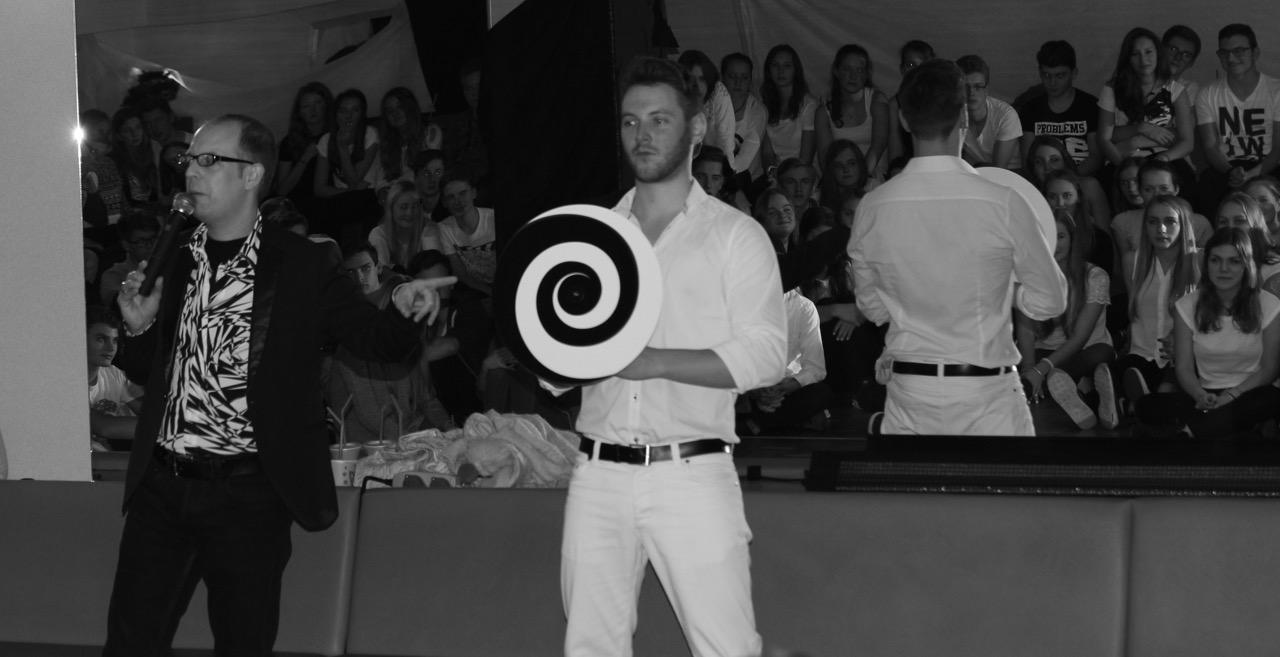 Hypnoseshow mit Carsten Fenner dem Showhypnotiseur mit Hypnodisc