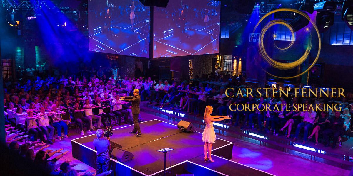 Showhypnotiseur & Speaker Carsten Fenner präsentiert seine Hypnoseshow Showhypnose live